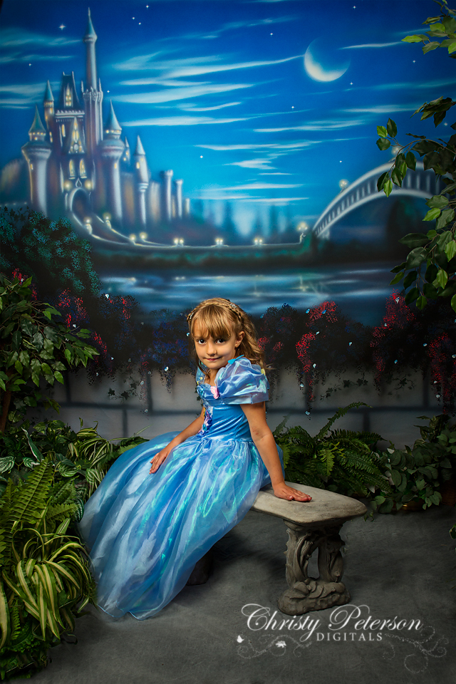 cinderella_digital_background_of_bench_in_garden_with_castle